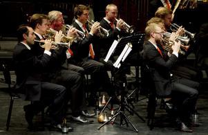 Amatörer och proffsmusiker spelade på konserthuset på söndagskvällen.