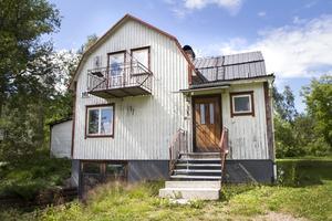 Det är mycket som ska göras innan hemvändaren Anna och pojkvännen Niklas kan flytta in.