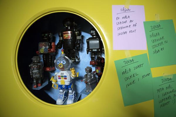 STOCKHOLM 20170825På Tidö Collection of Toys & Comics i Stockholm har man gett gamla leksaker en ny, modern inramning. Under 1950- och 60-talet tillverkades många leksaker med rymdtema och futuristiska robotar, en spegling av tidens rymdkapplöpning och framtidstro.