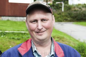VVS - företagaren Lars Höglund i Kyrkbyn tävlar själv i jaktskytte och är en av stöttepelarna i Hasselaklubben.Han och övriga gänget