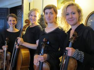 MalvaKvartetten. Från vänster; Linnea Hällqvist, Maja Molander, Maria Jonsson, Knapp Brita Pettersson.