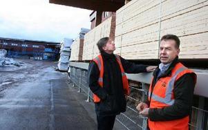 Peter Eklund, vd, och Ulf Bergkvist, styrelseordförande i Bergkvist Insjön. Ett stort och stabilt företag som kände av krisen som började förra hösten.