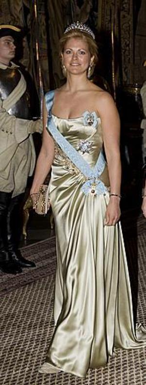 Prinsessan Madeleine kommer vid galamiddagen till tvåhundraårsminnet av märkesåret 1809. Stockholm Slott.