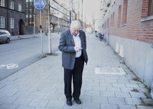 – En stadskärna som inte är anpassad till de medborgare som bor där och vill göra business där, den dör. Själv tycker jag det kan vara intressant att skapa något nytt i centrumkärnan som då blir mer attraktiv, säger Lennart Holmlund, f d kommunalråd i Umeå.