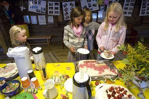 Lin Mossnelid, Milla Pettersson, Sebastian Bergman och Elin Runngren var några av barnen som besökte Killinggården.