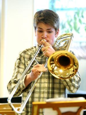 Den unge trombonisten Mats Hägerlind spelade i Klaverens Hus.