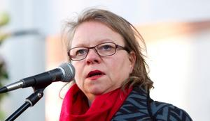 Inte så glad i dag. Landstingsrådet Denise Norström ångrar sin ordlek på Facebook.