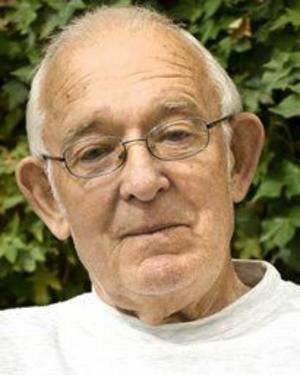 Namn: Karl-Evert SjöbergYrke: Penionär, arbetade på Törnbloms vulk i 30 år.. Ålder:79 år.Flyttade från Sikfors 1959.