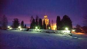 Luciamorgon i Bjursås kyrka. Åk 6 och 9 lussade.