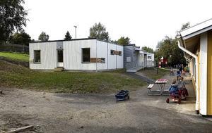 I Sundsvall utnyttjas baracker för både barn och äldre.