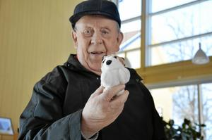 Fyndade ett gosedjur. Bo Holmgren fastnade för en nalle.