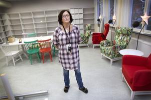 Viktigt för många. På onsdag invigs biblioteket i Österfärnebo i nya fräscha lokaler. Men lösningen att flytta in biblioteket i skolan har varit mycket omdiskuterad. Maria Hellström tycker att engagemanget visar hur stor betydelse biblioteket har för folk.