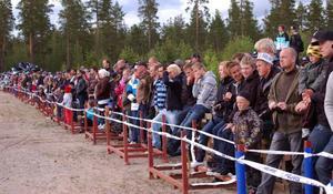 Och här har Johan Dahlgren kommit in i röken och dammet ordentligt. Ju mer rök ju mer poäng i Drifting.Foto: Leif Eriksson