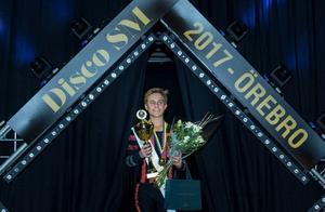 I Disco Freestyle tog Douglas Junger från Grycksbo hem guldmedaljen i juniorklassen för pojkar