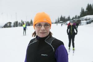 Maria Tjerneld från Umeå vill helt enkelt bara förkovra sig som skidåkare.