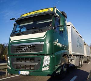 Ernst Express AB i Avesta expanderar och anställer 15 nya chaufförer för transport av slig för Bolidens räkning mellan Garpenbergsgruvan och Gävle Hamn.