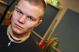 Tobias Molin spelade ishockey och började köra styrketräning som komplement. Nu är han starkast i Sverige.  Foto: Hans-Råger Bergström