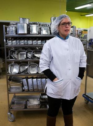 Vi serverar 21000 matportioner i månaden på Sundsvalls sjukhus, berättar chefen för köket på Sundsvalls sjukhus, Anna-Sofia Kulluvaara.