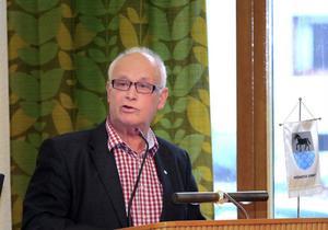 – Jag har tappat intresset för lokalpolitiken, säger Ove Wallberg, (FP), som nu lämnar flera av sina uppdrag.