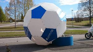 Storsjöcupens stora fotboll vandaliserades under helgen.