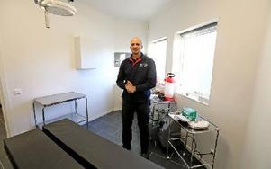 För bara några veckor öppnade Antonio Gerbino den här smådjurskliniken. Foto: Johnny Fredborg