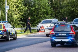 Här, knappt ett par kilometer från Örnsköldsviks centrum, fick en man i 50-årsåldern ta emot tre knivhugg.