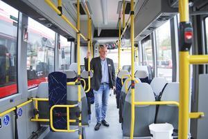 """""""Vi kommer inte att marknadsföra oss utan själva resandet, vi ser det som samhällsnytta"""", säger Jonas Lindeskär, trafikchef på Nobina Södertörn."""
