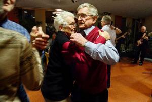 Ruth Nordström och Bror Frisk träffades på dans i Fåker 1984 och sedan dess har de hållit ihop.