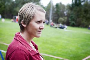 Sandra Randström, Ludvika Brukshundsklubb, var med och arrangerade Riksmästerskapen under helgen. Hon hade dock fullt upp då hon samtidigt visade fem hundar i söndagens utställning.