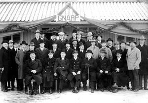 Kyrkokören på stationens invigningsdag 31 okt 1927. Fotot tillhör hembygdsföreningen.