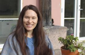 Ann-Marie Tung Hermelin har tillsammans med Helena Boberg översatt