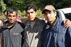 De här tre männen sålde sina hus för att finansiera resan till de ytterligt lönsamma bären i Bräcketrakten.