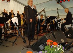 GÄST 3. Claes Janson är en av de kända jazzprofiler som uppträtt tillsammans med Sandviken Big Band, här på Bangen 2005.