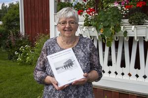 Laila Berglund släpper sin femte byabok.