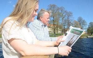 Laddar för Familjeveckorna. Carolina Berg och Håkan Ceder jobbar med de sista detaljerna nu inför Familjeveckorna 2013.
