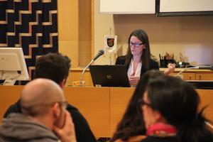 Malin Fundin presenterade en kartläggning över den pedagogiska omsorgen i kommunen.
