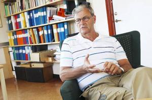 Göran Edbom, verksamhetschef för onkologen i Umeå ser fram mot ett närmare samarbete med Östersund när det gäller forskningsprojekt.