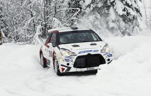 Robin Friberg gjorde sin första, hela tävling i nya bilen.