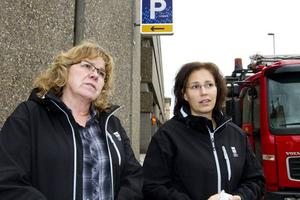 Projektledare. Ingegerd Krantz, projektledare för Trafikantveckan och Helena Werre, trafikplanerare vid Tekniska kontoret, informerade om den nya skyltningen.