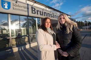 Oroliga och besvikna. Linnéa Hellström och Madelene Enström är föräldrar till barn som går på Kristallen, en verksamhet för barn med autismspektrumproblematik. Nu ska verksamheten flyttas.
