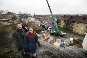 Daniel Werkmäster och Emeli Homström är i full gång med att planera utställningar och verksamhet i det nya kulturhus som växer fram vid Södra bergen.