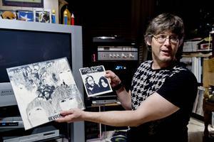 Per Kjellin har varit musikintresserad ända sedan han var liten. Radion stod på jämt i hemmet, och systern spelade in mycket. Redan som femåring, 1969, fick han sin första lp-skiva: Revolver med Beatles. Två år senare fick han sin första singel: Power to the people med John & Yoko.