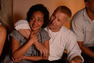 Ruth Negga och Joel Edgerton spelar paret Loving i filmenmed samma namn. Pressbild.
