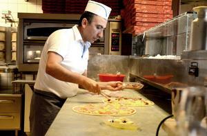 Nevzat Gümüs och Stora Skedvi restaurang och pizzeria deltog också i tävlingen förra året med pizzan Ebba Grön. vilken fortfarande finns på menyn.