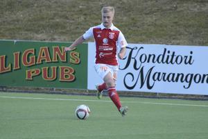 Marcus Hägg gjorde tre av Sandvikens nio mål.