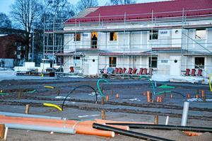 Bygget av Mejeriet var kantat av fel och brister från början. Nu lovar ägaren K-fastigheter att åtgärda alltihop.
