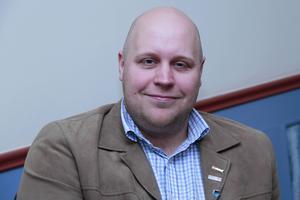Utbildningsutskottsordförande Erik Eriksson Neu, (S), är glad åt att Skolinspektionen avslutar tillsynsärendet.