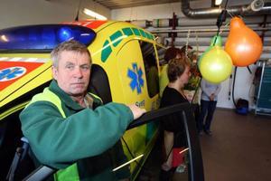 Erik Guneriussen har jobbat 31 år med ambulansen som sin arbetsplats. Ett lyft tycker h an att de nya lokalerna är.