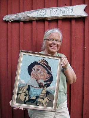 Margot Östlund med gubbe nummer 66.