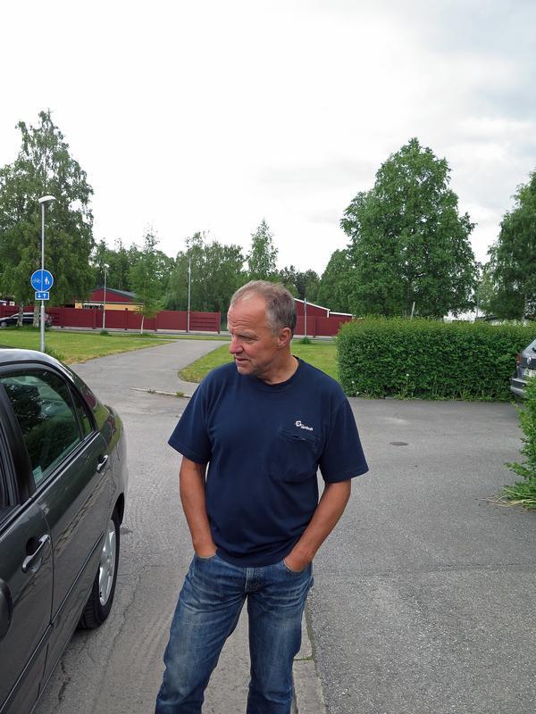 Nils-Göran Sundberg kom hem från jobbet och märkte att någon brutit sig in i huset. Det är andra gången på några år som han råkar ut för samma sak.